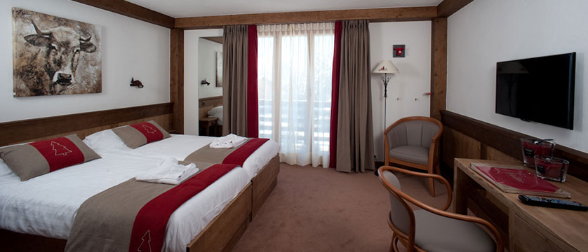 switzerland_verbier_xtra-chalet-de-verbier_bedroom3.jpg